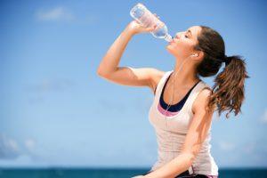 Lợi ích của nước uống đối với cuộc sống hằng ngày