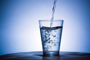 Thời gian nào trong ngày uống nước tốt nhất?
